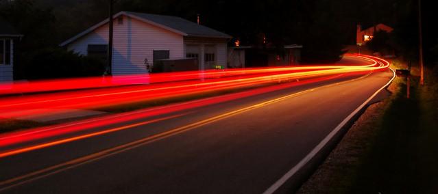 speeding-car-1175932-639x284